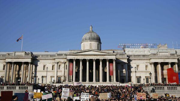 Протести против Трампа у Лондону - Sputnik Србија