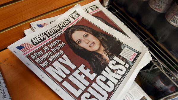 Моника Левински на насловној страници Њујорк поста - Sputnik Србија