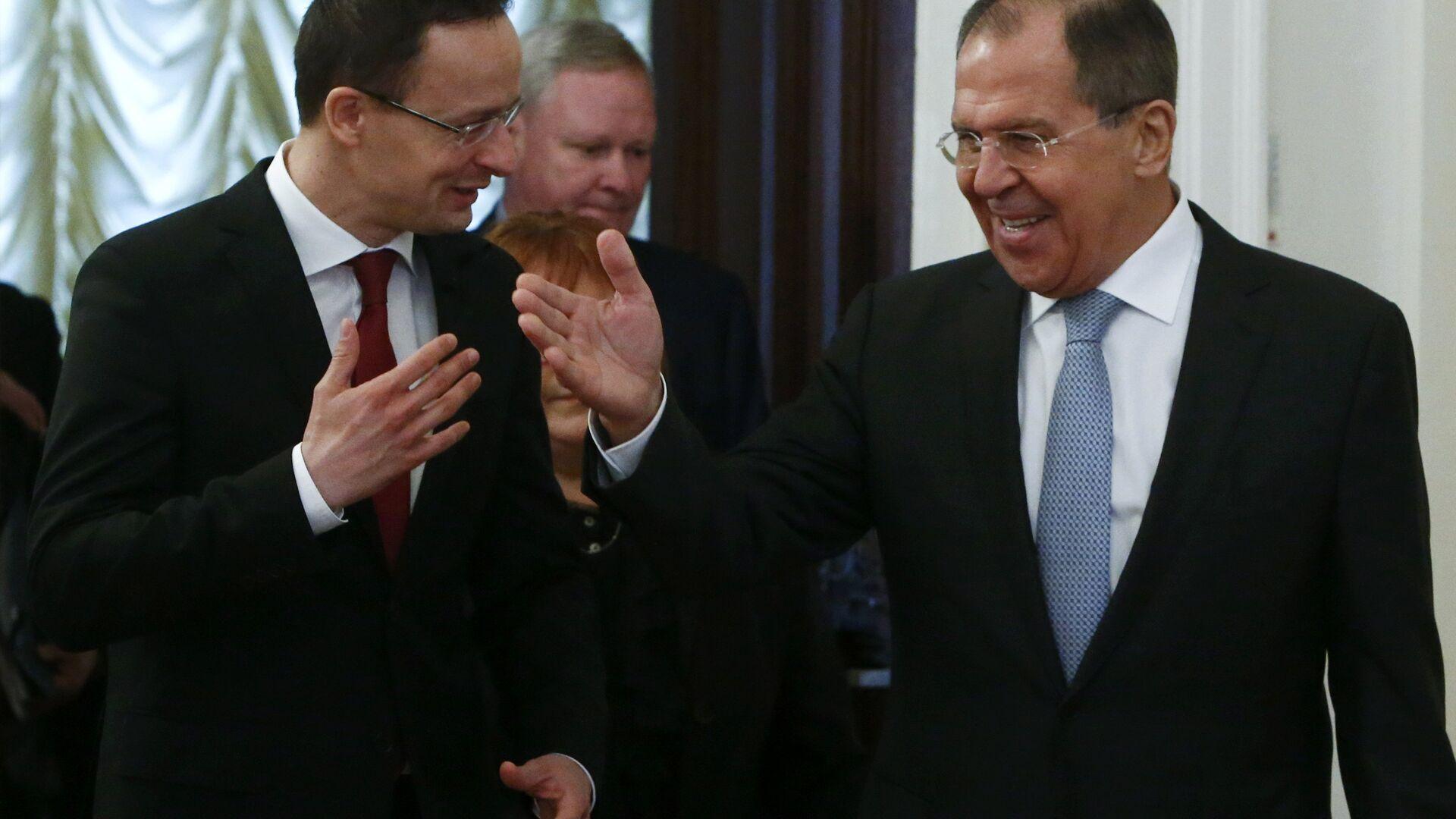 Ministar spoljnih poslova Mađarske Peter Sijarto i ministar spoljnih poslova Rusije Sergej Lavrov tokom sastanka u Moskvi - Sputnik Srbija, 1920, 24.08.2021