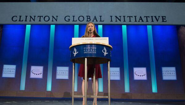 Кћерка бившег председника САД Челси Клинтон говори на Клинтоновој глобалној иницијативи - Sputnik Србија