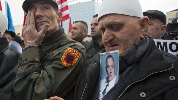 Протести у Приштини против хапшења Рамуша Харидинаја у Француској - Sputnik Србија
