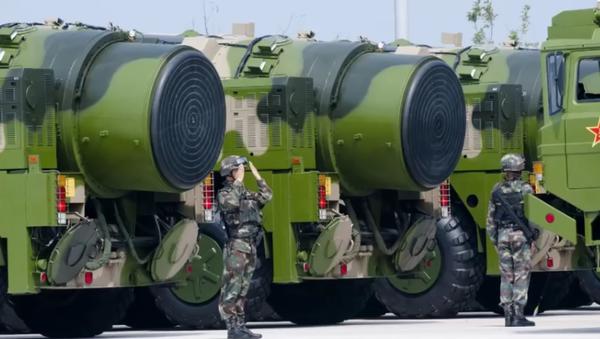 Kineski raketni sistem DF-41 - Sputnik Srbija