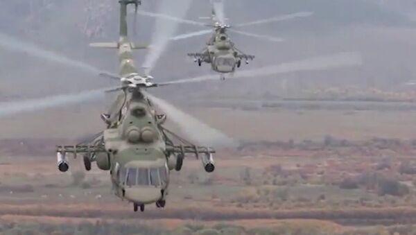 Helikopter Mi-8AMTSh tokom vojne vežbe - Sputnik Srbija
