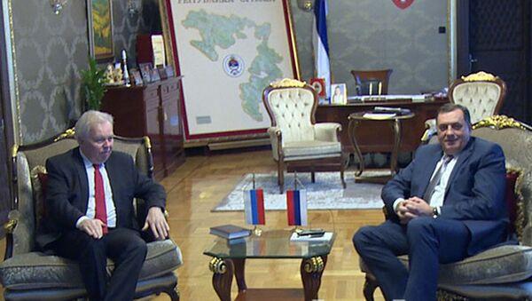 Predsednik Republike Srpske Milorad Dodik razgovarao je danas u Banjaluci sa ambasadorom Ruske Federacije u BiH Petrom Ivancovim. - Sputnik Srbija