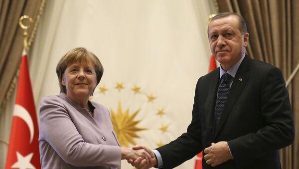 Немачка канцеларка Ангела Меркел и председник Турске Реџеп Тајип Ердоган током састанка у Анкари - Sputnik Србија