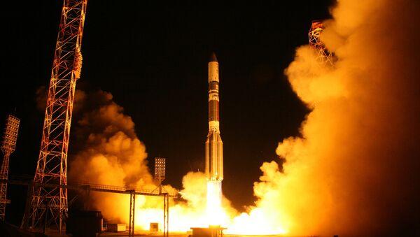 Lansiranje rakete-nosača Proton-M sa satelitom Astra-2E - Sputnik Srbija