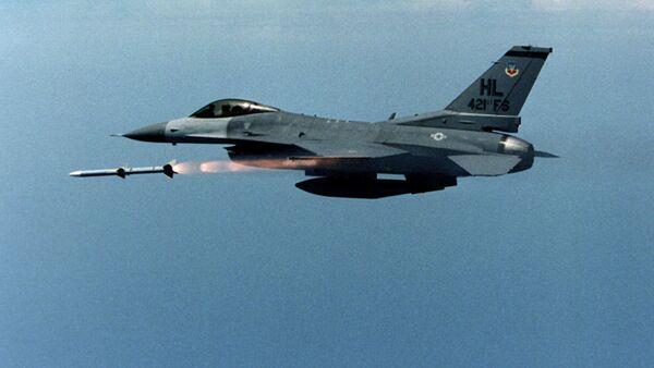 Авион Ф-16 - Sputnik Србија