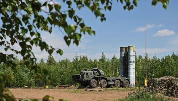 Sistem S-300 i S-400 - Sputnik Srbija