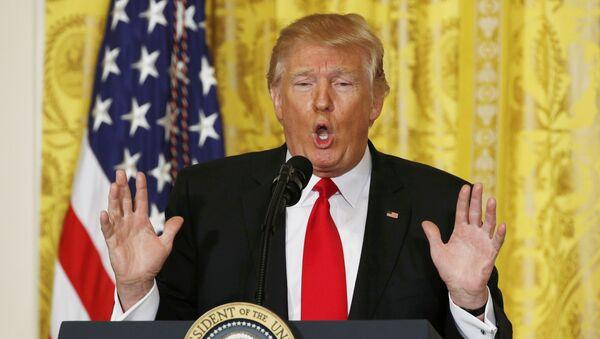 Predsednik SAD Donald Tramp tokom konferencije za medije u Beloj kući - Sputnik Srbija