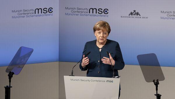 Nemačka kancelarka Angela Merkel govori na Konferenciji o bezbednosti u Minhenu - Sputnik Srbija