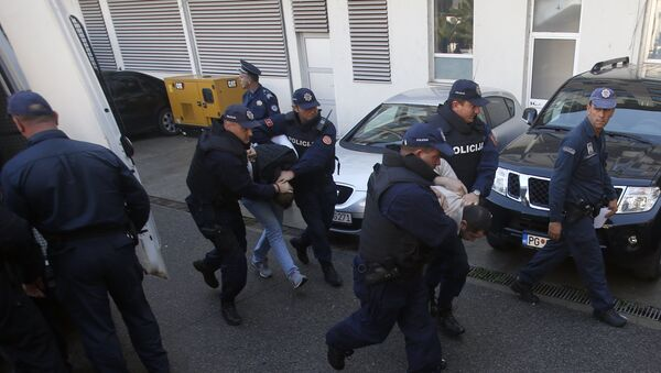 Hapšenje na dan izbora u Crnoj Gori - Sputnik Srbija