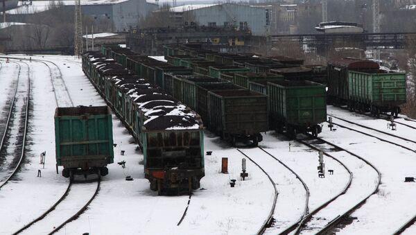 Вагони са угљем на железничкој станици у Доњецку - Sputnik Србија