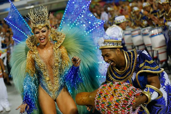 Golotinja, samba i kostimi − sve što karneval u Riju čini veličanstvenim - Sputnik Srbija