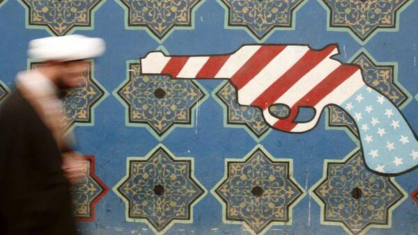 Графит који представља иранску антиамеричку пропаганду - Sputnik Србија