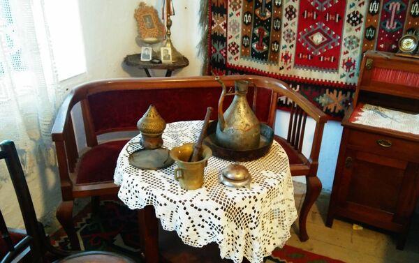 Наргила и ибрик - ретки предмети који сведоче о тренуцима опуштања породице Берберијан-Ристић - Sputnik Србија