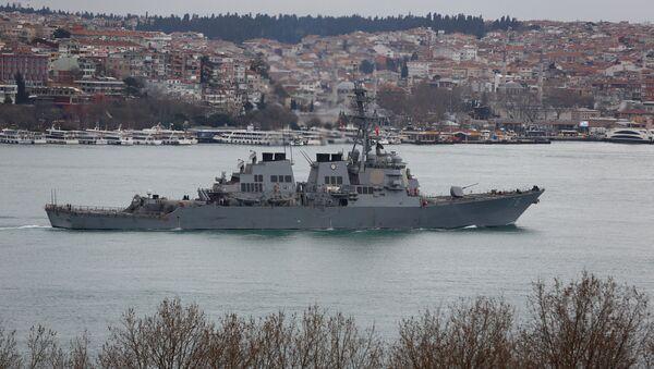 Амерички разарач Портер плови у Босфору на путу за Средоземно море - Sputnik Србија