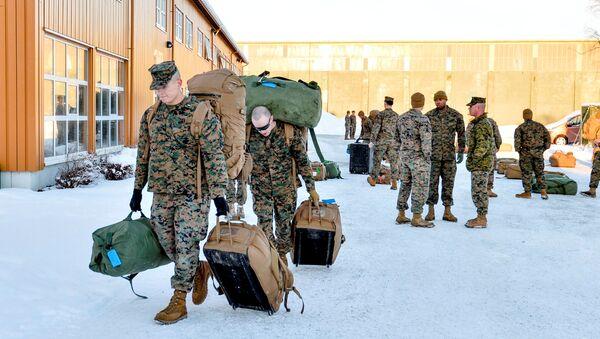 Амерички војници стижу на шестомесечну обуку у зимским условима, стижу у норвешки Стјордал - Sputnik Србија