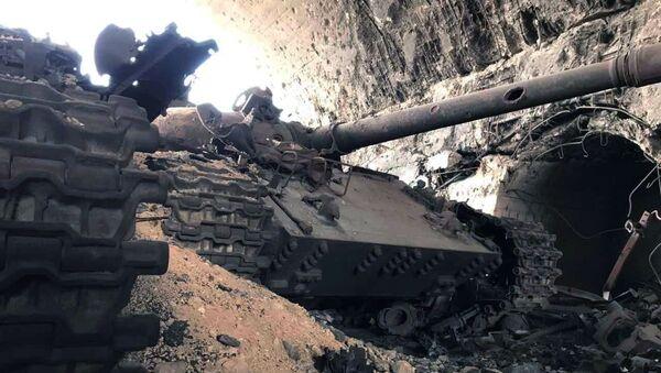 Војна техника сиријске војске у Хомсу - Sputnik Србија