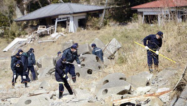 Tradicionalna potraga za nestalima na šestogodišnjicu zemljotresa i nuklearna havarije u Fukušimi - Sputnik Srbija