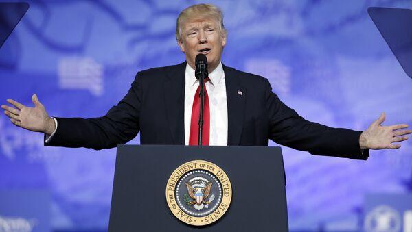 Predsednik SAD Donald Tramp govori na konferenciji Konzervativne političke akcije - Sputnik Srbija