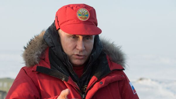 Radna poseta predsednika Vladimira Putina i premijera Dmitrija Medvedeva u Severozapadnoj federalnoj oblasti - Sputnik Srbija