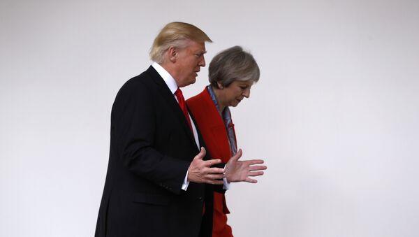 Доналд Трамп и Тереза Меј - Sputnik Србија