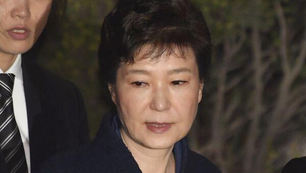 Opozvana predsednica Južne Koreje Park Geun Hje napušta sud u Seulu nakon saslušanja - Sputnik Srbija