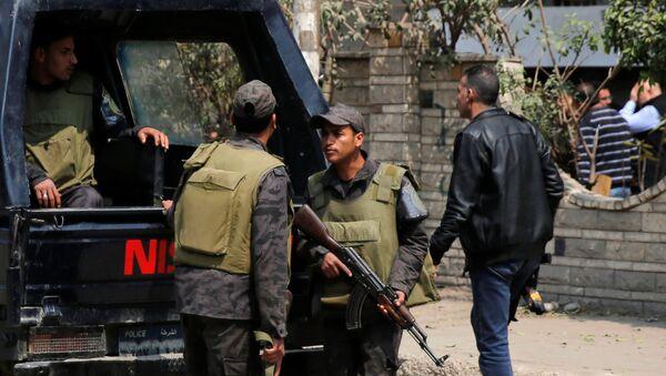 Pripadnici interventne policije u Kairu - Sputnik Srbija