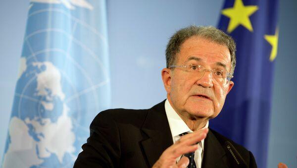 Бивши председник Европске комисије и бивши премијер Италије Романо Проди - Sputnik Србија