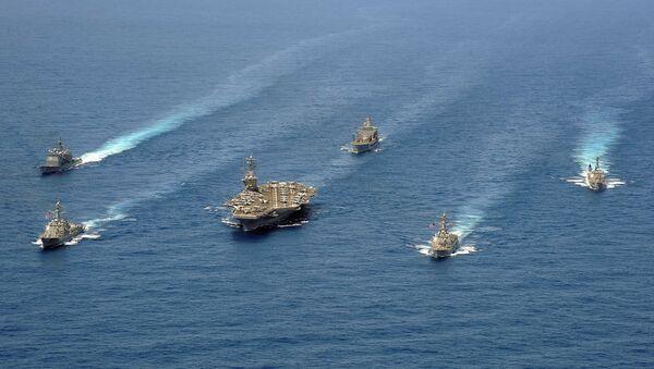 Бродови ударне групе 8 у формацији током војне вежбе у Атлантском океану - Sputnik Србија