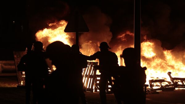 Пожар у Франсуском затвору Флери Мерожи близу Париза - Sputnik Србија