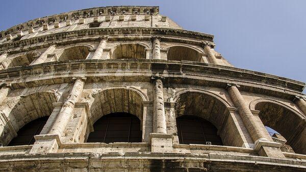 Колосеум у Риму, Италија - Sputnik Србија
