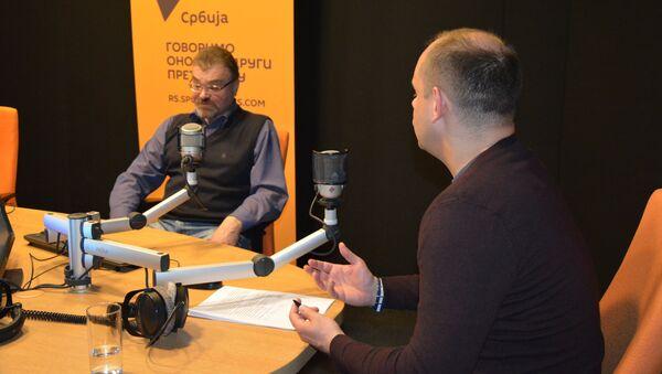 Историчар Андреј Шемјакин у студију Спутњика са новинарем Николом Јоксимовићем - Sputnik Србија