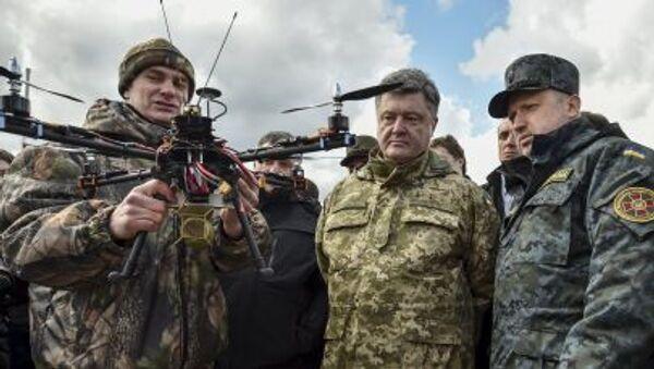 Председник Украјине Петро Порошенко и секретар Савета за националну безбедност и одбрану Украјине Александар Турчинов - Sputnik Србија