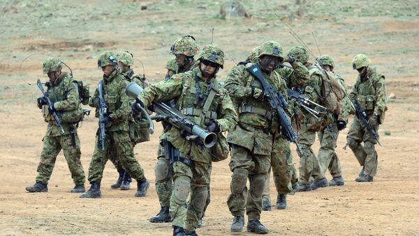 Vojnici japanskih kopnenih odbrambenih snaga pešadijskog puka Zapadne armije - Sputnik Srbija