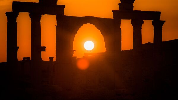 Zalazak sunca u Palmiri - Sputnik Srbija