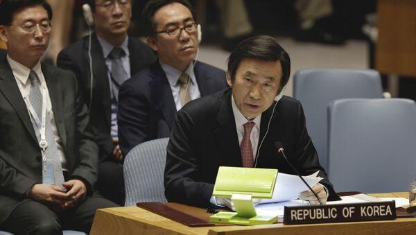 Ministar spoljnih poslova Južne Koreje Jun Bjung Se govori na zasedanju Saveta bezbednosti UN - Sputnik Srbija
