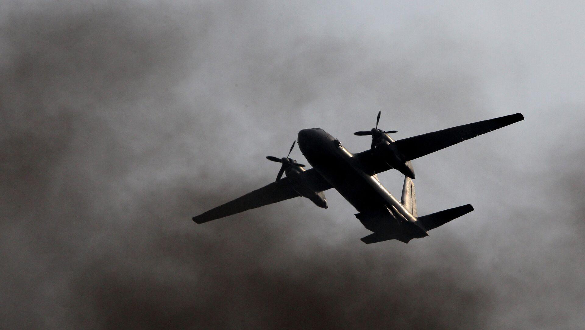 Авион Ан-26 током војних вежби - Sputnik Србија, 1920, 06.07.2021