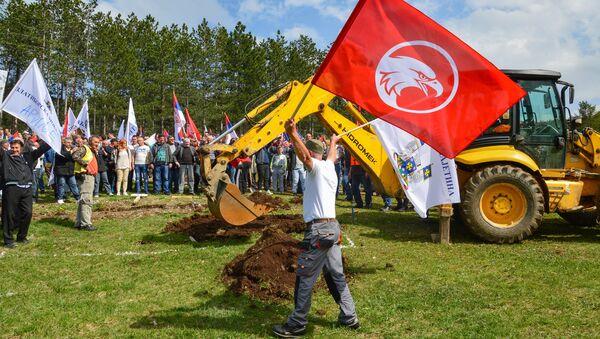 Svesrpska narodna moba na Zlatiboru kojom je nastavljena izgradnja Zlatne gondole - Sputnik Srbija