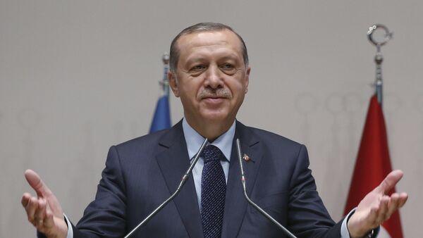 Председник Турске Реџеп Тајип Ердоган говори на седници владајуће Партије правде и развоја - Sputnik Србија