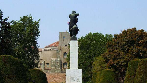 Споменик захвалности Француској на Калемгедану, Београд - Sputnik Србија