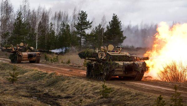 Tenkovi M1 Abrams na međunarodnim vojnim vežbama u Letoniji - Sputnik Srbija
