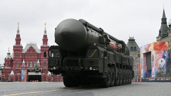 РС-24 јарс на војној паради у Москви поводом 72. годишњице победе у Великом отаџбинском рату, на Дан победе, 9. мај 2017. - Sputnik Србија