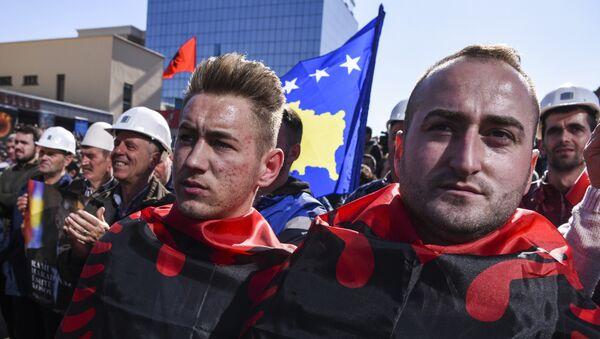 Албанаци у Приштини - Sputnik Србија