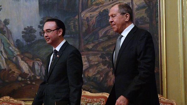Сусрет министара иностраних послова Филипна и Русије Питера Кајетана и Сергеја Лаврова - Sputnik Србија