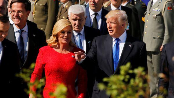 Predsednica Hrvatske Kolinda Grabar Kitarović, predsednik SAD Donald Tramp i premijer Crne Gore Duško Marković na samitu NATO-a u Briselu - Sputnik Srbija