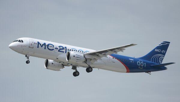 Prvi let novog ruskog putničkog aviona MS-21 - Sputnik Srbija