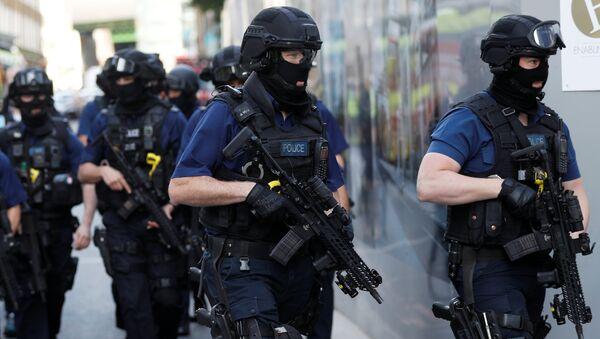 Специјална полиција у Лондону, после терористичког напада 4. јуна - Sputnik Србија