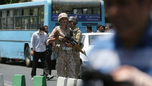 Иранска војска на улицама после напада на зграду парламента у Техерену - Sputnik Србија