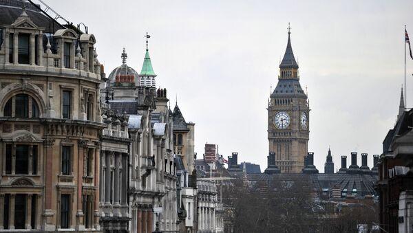Поглед на Вајтхол, Вестминстерску палату и Биг Бен у Лондону - Sputnik Србија